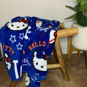 Hello Kitty x Dodger Night Blankets -Brand New